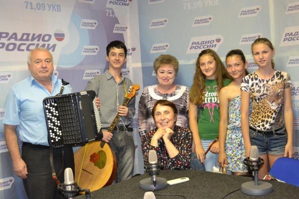 russkoj_pesni_zhuravushka_1